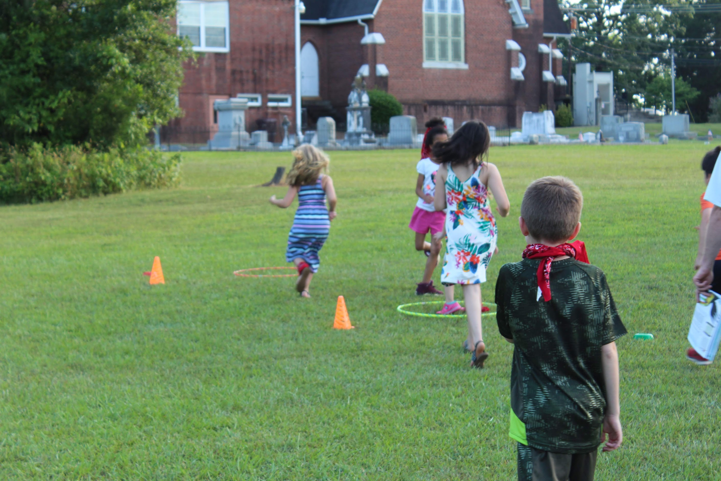 children playing a game at VBS